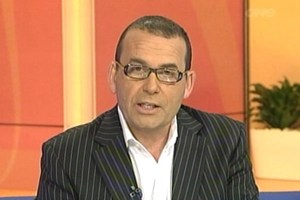 Paul Henry to host breakfast TV in Australia