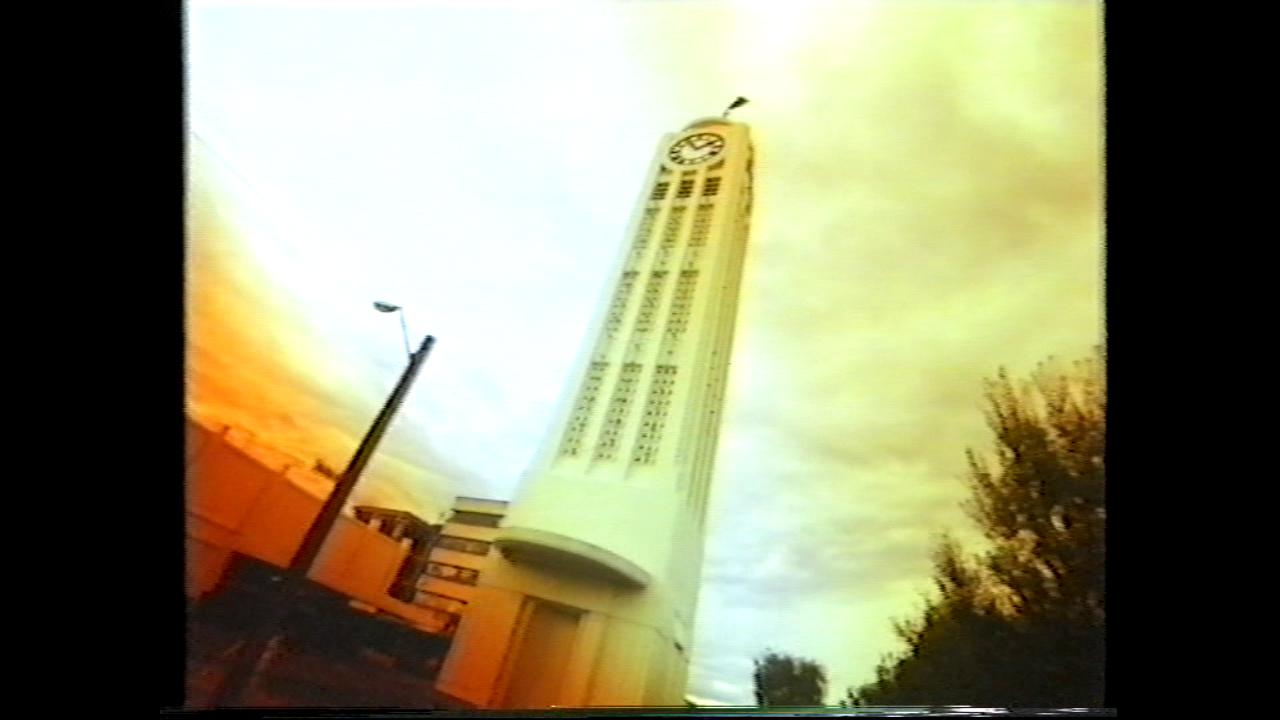 vlcsnap-2012-09-04-12h55m00s180