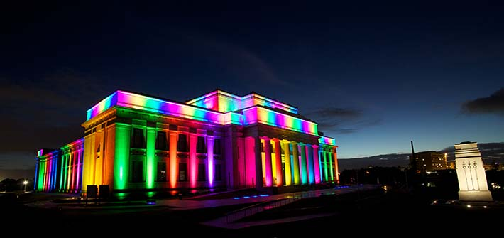 auckland-museum-rainbow-lighting