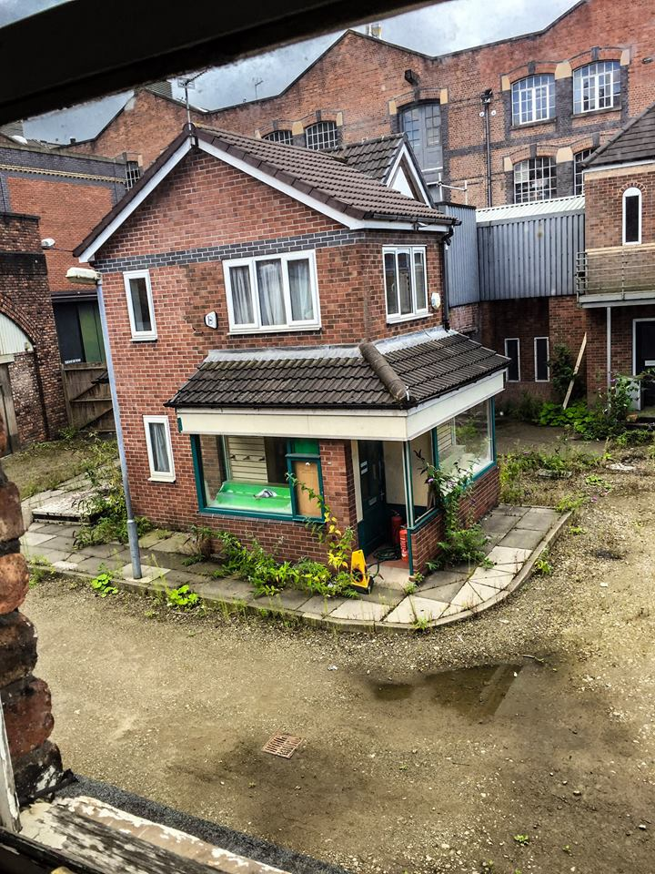 SHOCKING Pictures of a deserted Coronation Street set